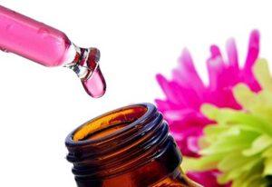 Rosa damascena olio essenziale
